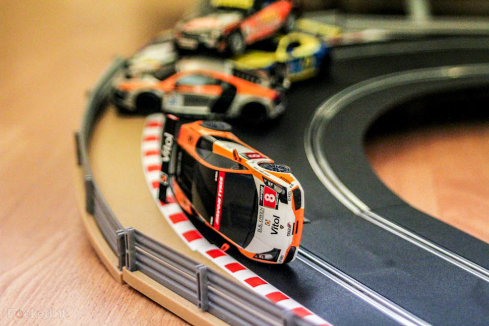 Scalextric Digital Platinum Pictures And Hands On Pocket