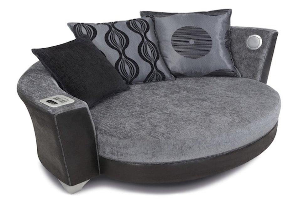 Phenomenal Dfs Sofa With Built In Ipod And Mp3 Dock Squirreltailoven Fun Painted Chair Ideas Images Squirreltailovenorg