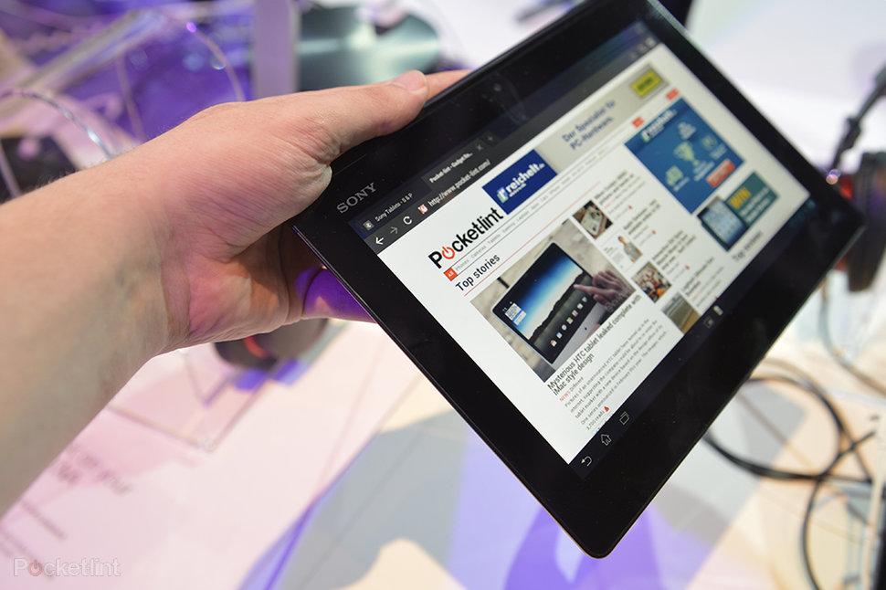 Sony Xperia Tablet S pictures and hands-on