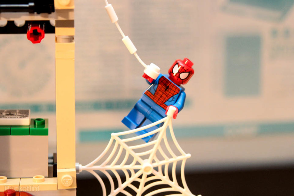 lego spider man daily bugle showdown pictures and hands on image 1
