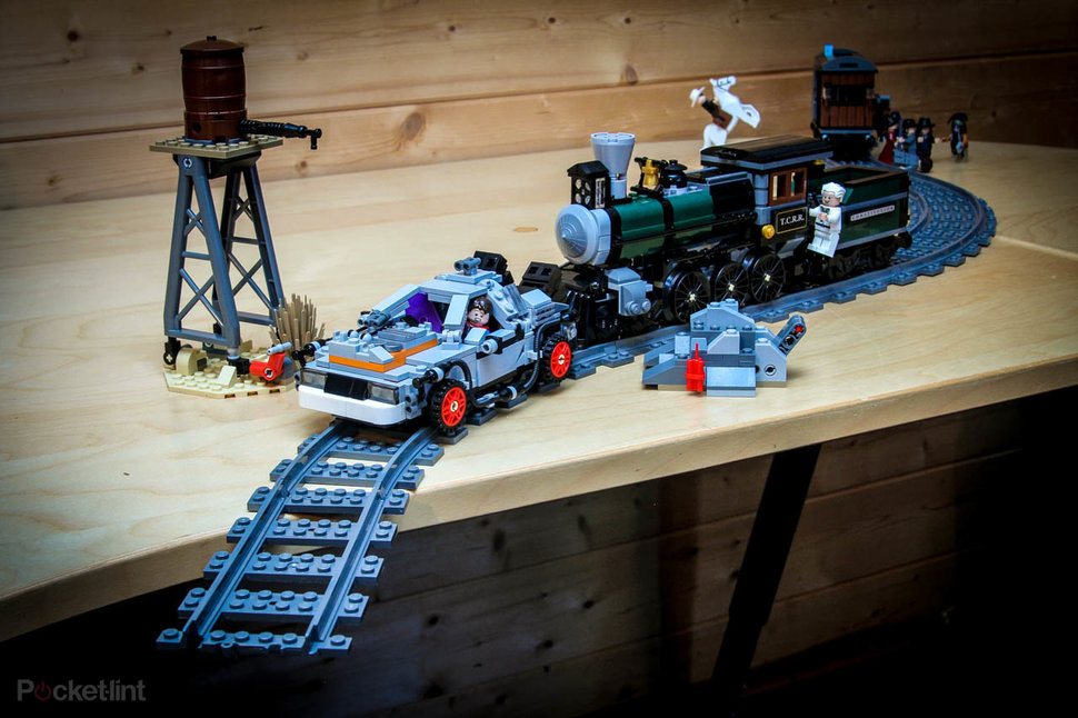 Lego Back To The Future + Lone Ranger Constitution Train ...