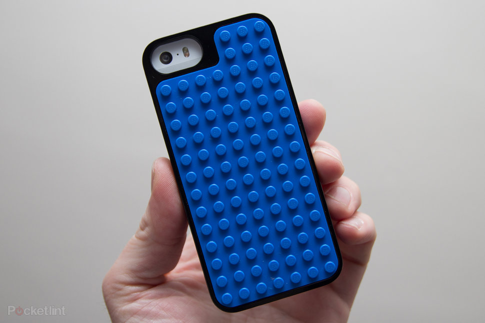 hands on lego builder case for iphone 5s review image 1