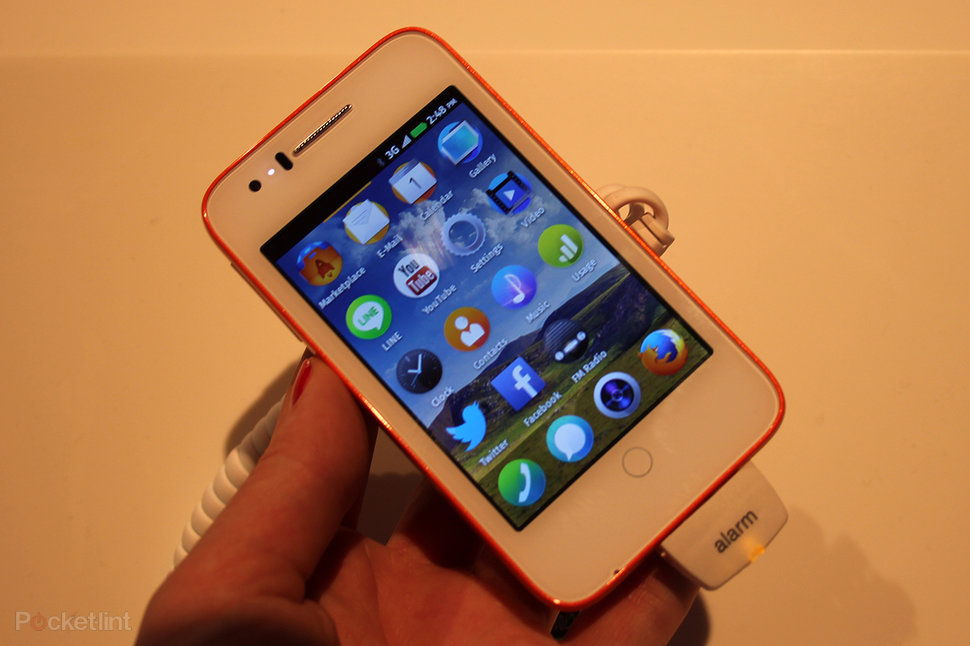 Firefox OS explained and hands-on with the Alcatel One Touch Fi