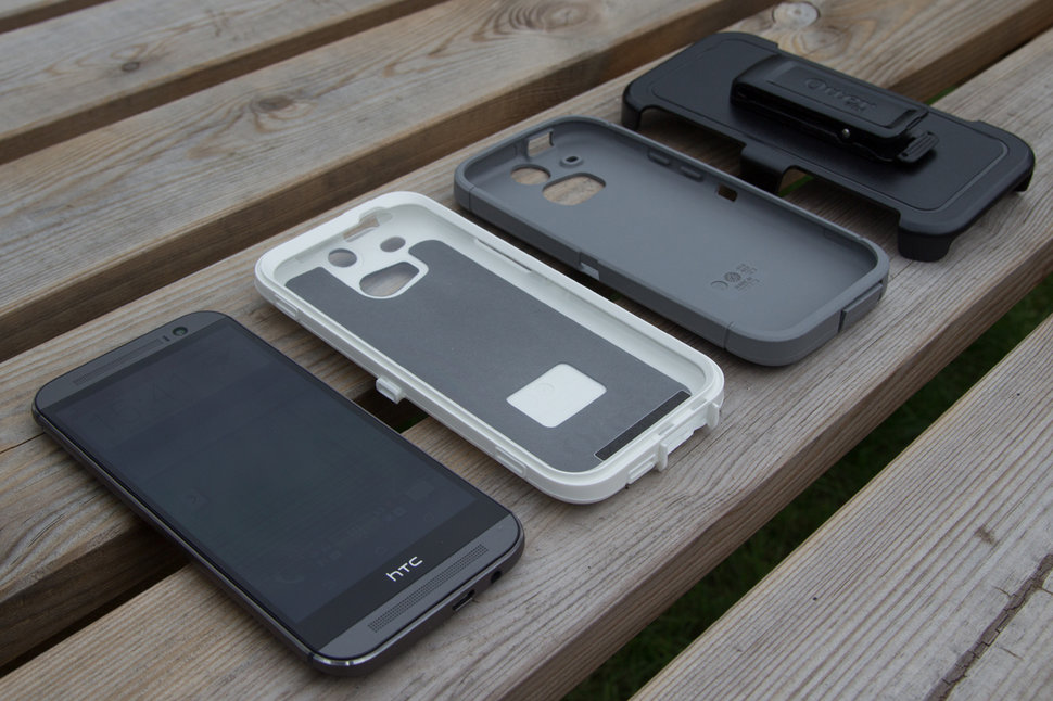wholesale dealer 5e725 ee6ee Hands-on: OtterBox Commuter and OtterBox Defender cases for HTC