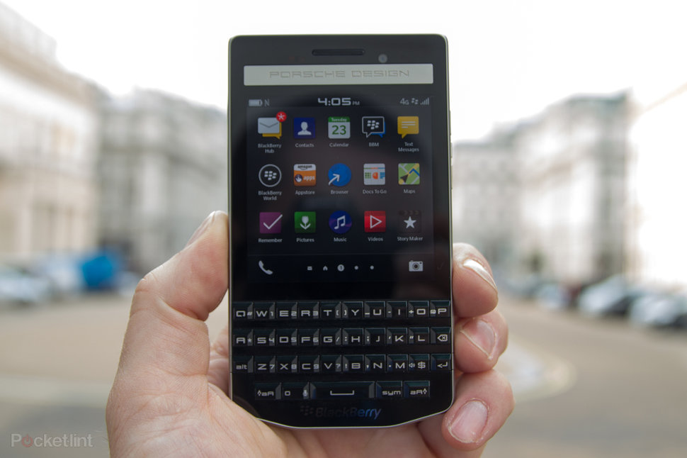 BlackBerry Porsche Design P'9983 Graphite Edition 4G launched in India for Rs. 99990