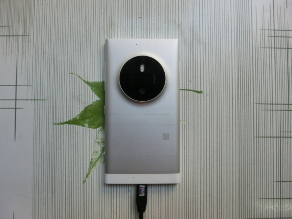 microsoft could be planning pureview camera successor to lumia 1020 according to leaked pics image 1