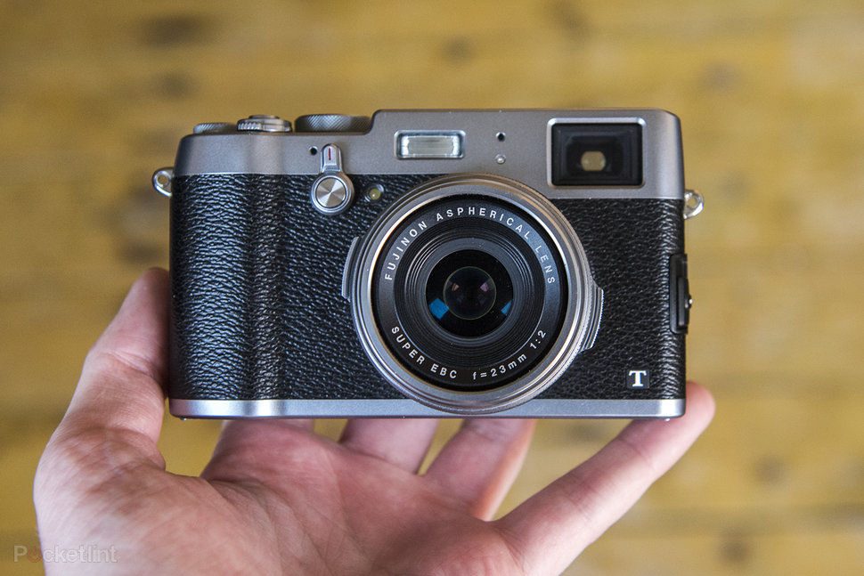 Fujifilm X100T review: Naughty but niche