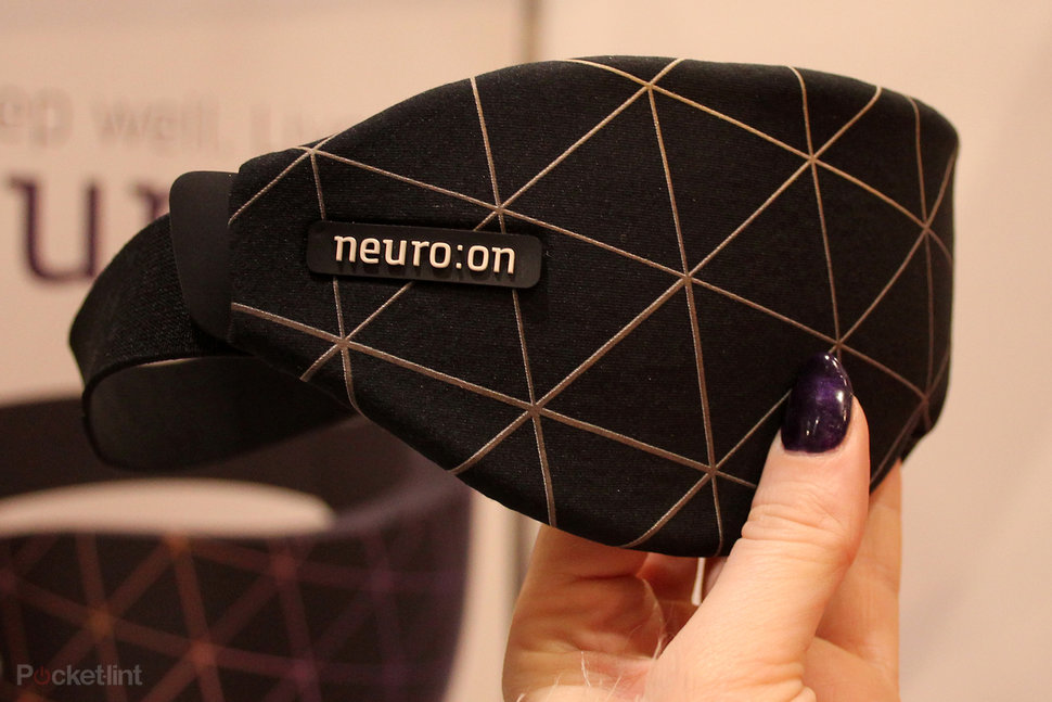 say goodbye to jetlag with the neuroon sleeping companion image 1