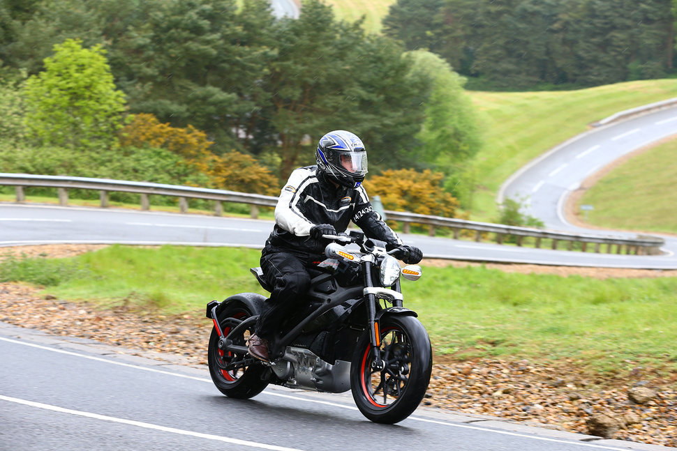 Harley-Davidson LiveWire: Electric modernised-classic with figh