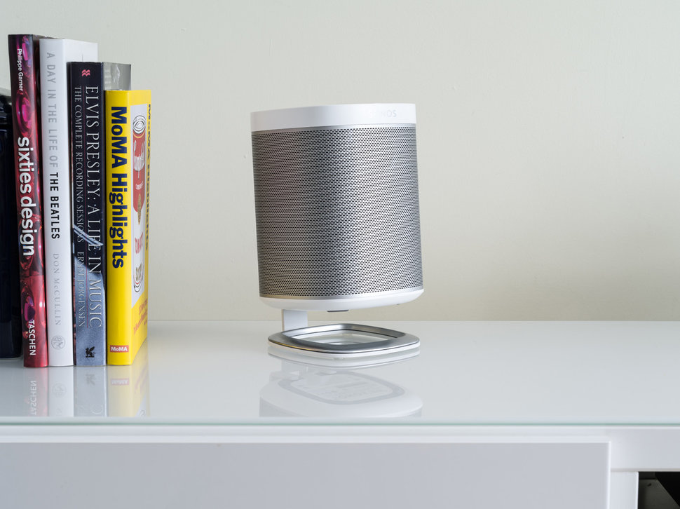 Angle your Sonos Play:1 speaker for better sound with the Flexs