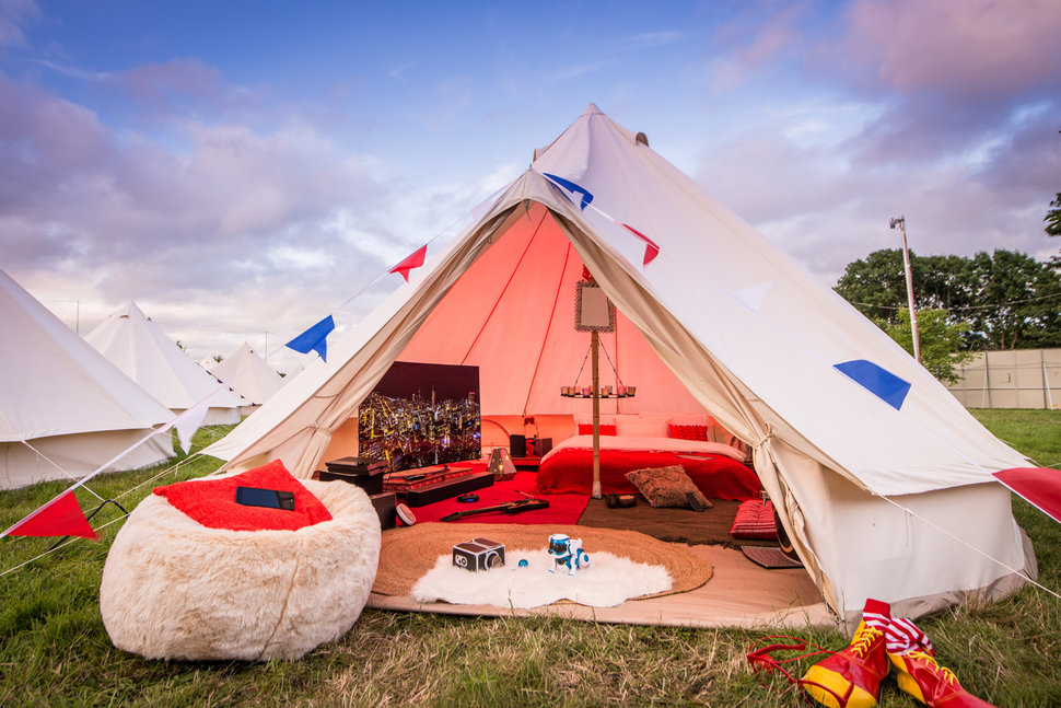 is this the best festival tent ever we check out virgin media s v festival tech gl&ing & Is this the best festival tent ever? We check out Virgin Mediau0027s V ...