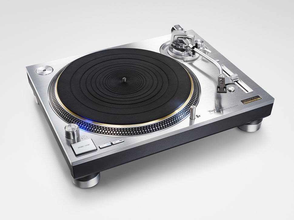 technics sl 1200g official dj turntable makes an. Black Bedroom Furniture Sets. Home Design Ideas