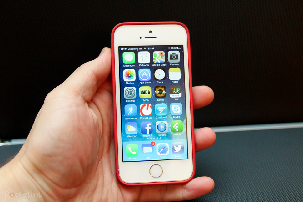 Apple's iPhone 6C Appears In Leaked Video