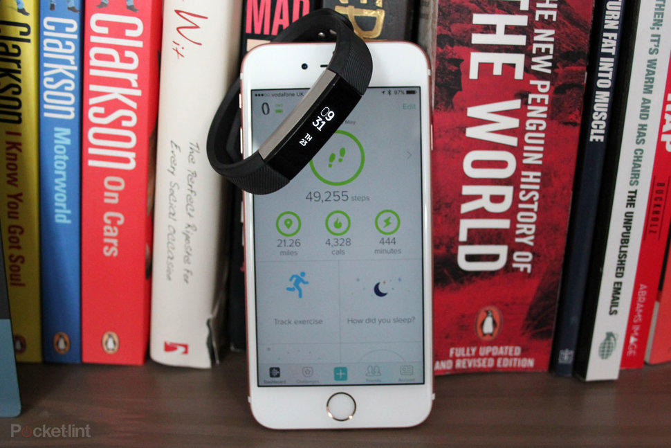 Fitbit Alta review: High praise for low-level fitness tracking