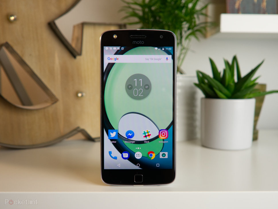 Motorola Moto Z Play review: Unbeatable battery life bettered b