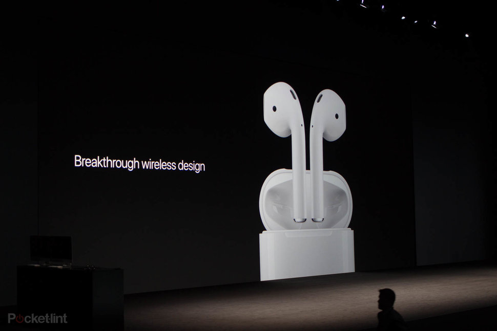 quality design a1e16 68124 Apple made these wireless AirPods and Lightning EarPods for iPh