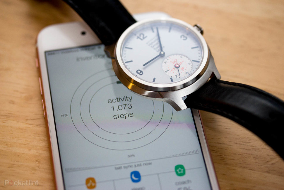 Mondaine Helvetica 1 Smart review: One seriously stylish ...