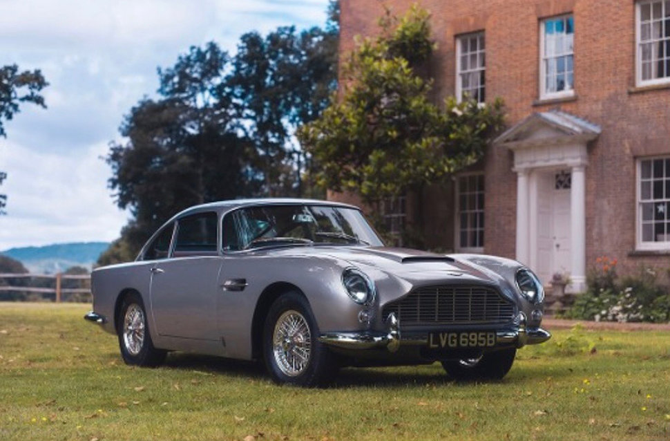 Apple Pay was used to buy an £825,000 Aston Martin DB5 - Pocket-lint