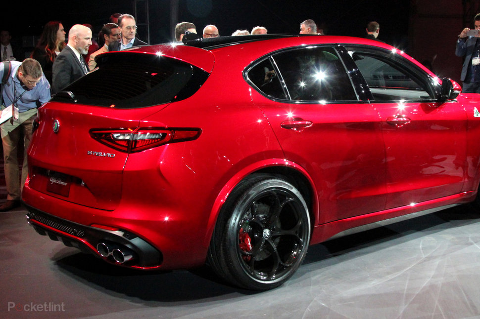 Alfa Romeo Stelvio Preview Alfa S First Suv Pocket Lint
