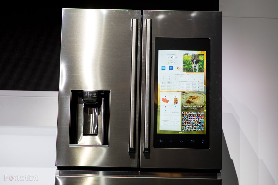 Samsung Family Hub Review >> Samsung Family Hub 2 0 Refrigerator Preview Spotify And Sausag