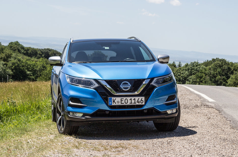 nissan qashqai 2017 review is the original suv crossover still rh pocket lint com Nissan Qashqai Problems Nissan Qashqai Inside