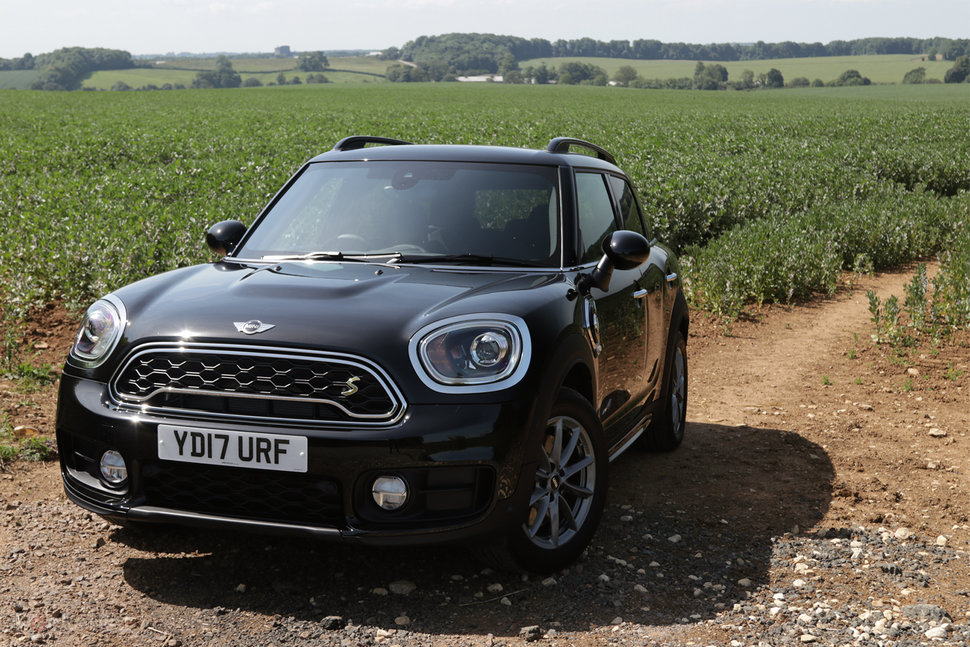 Mini Countryman Cooper S E Preview Minis First Electric Hybri