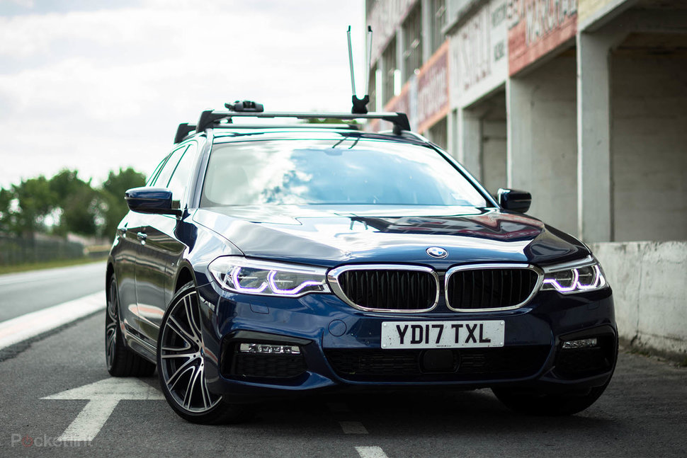 BMW Series Estate Review Large Technologically - Bmw 5 series pictures