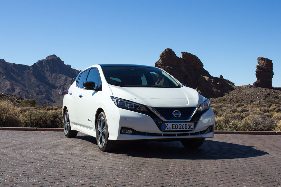 Nissan Leaf Review Image 2