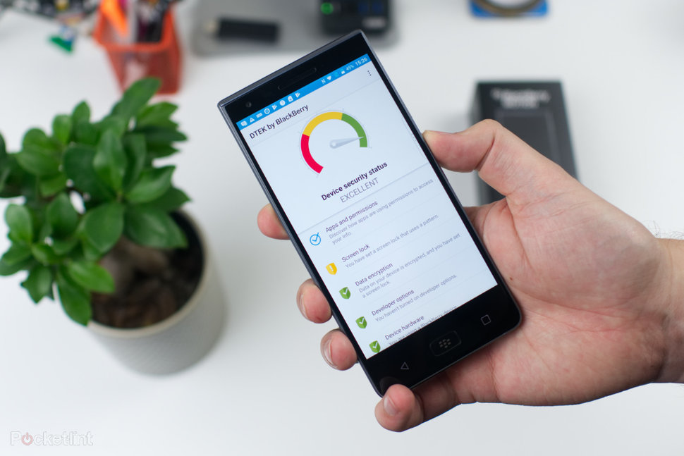 Blackberry Motion Review The Big Boss Of Business Pocket Lin