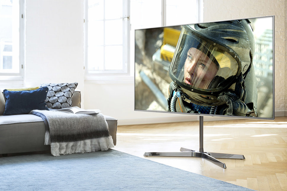 Panasonic EX750 TV review: Dimming tech that most LCD sets can