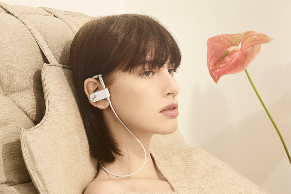 B&O Play revives the Earset design, retains adjustable fit and