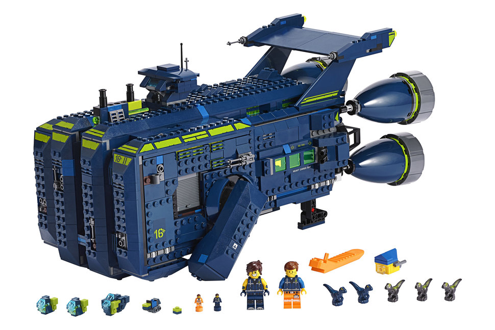 lego 39 s latest lego movie 2 set is an 1 800 piece spaceship. Black Bedroom Furniture Sets. Home Design Ideas