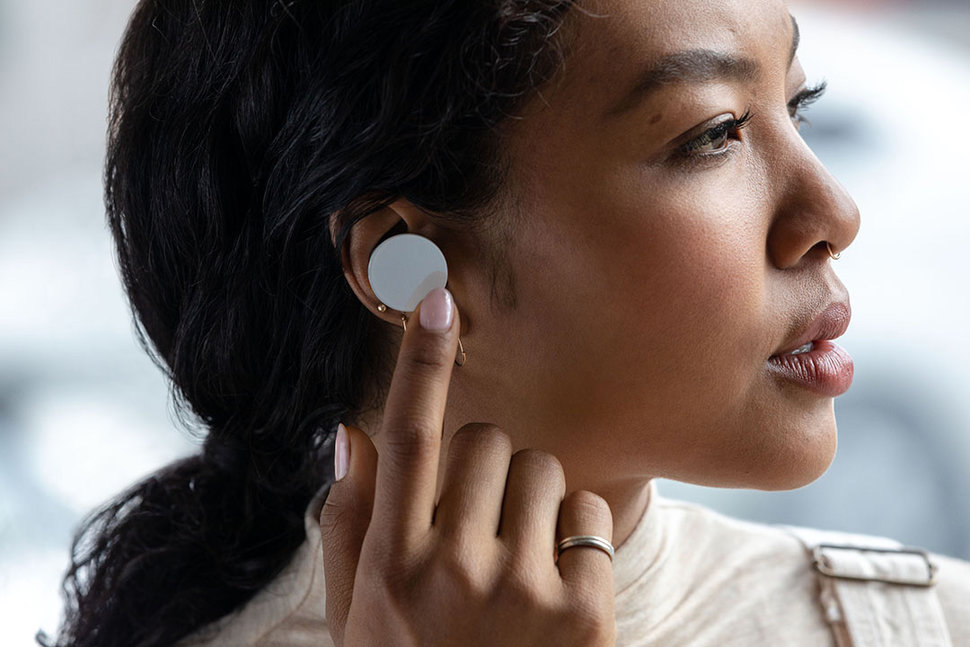 Microsoft Surface Earbuds now available image 1