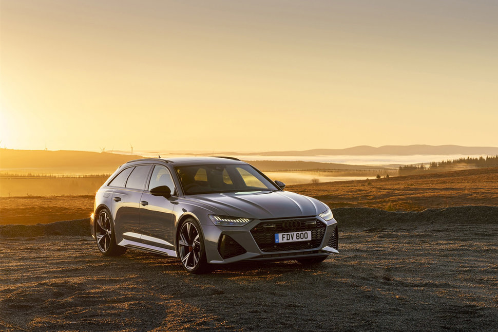 Audi RS6 review image 45