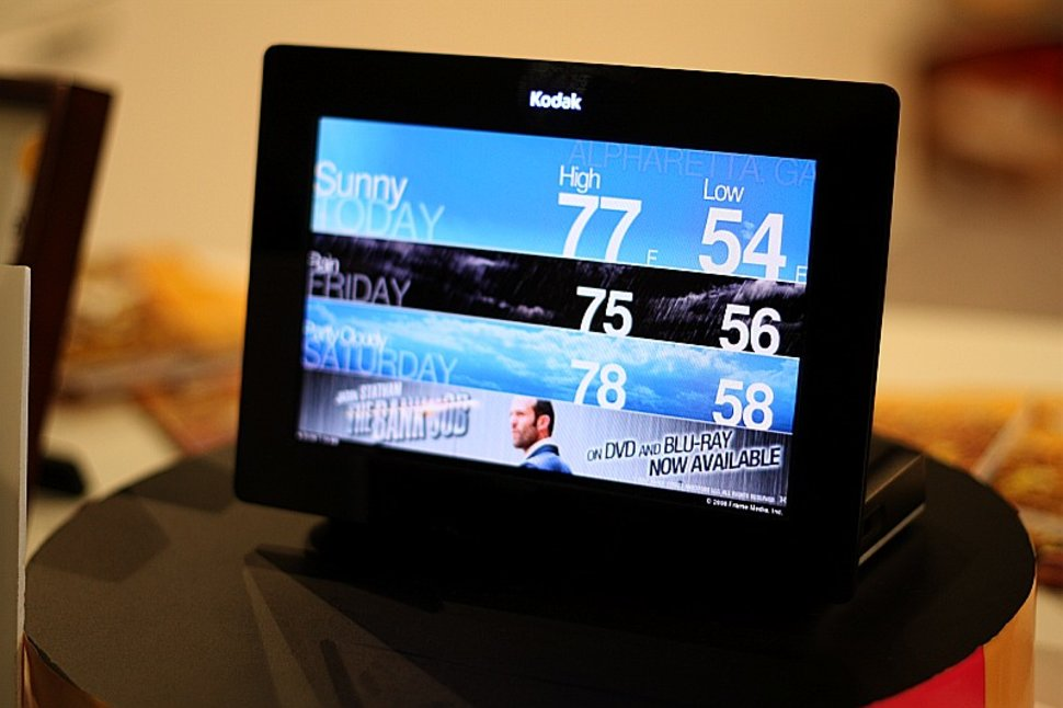 kodak oled wireless frame first look image 14 - Wireless Picture Frame