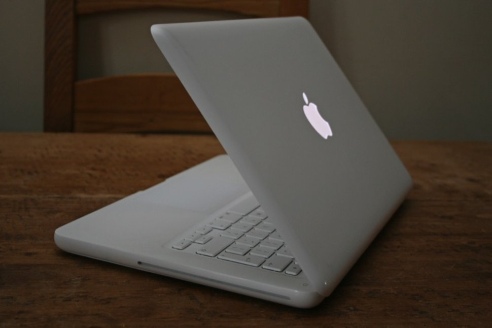apple macbook. apple macbook (white) notebook macbook 0
