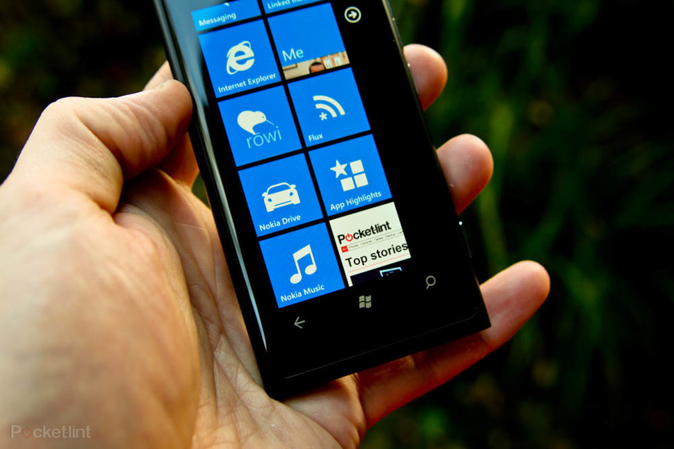Apps on Nokia Lumia 800
